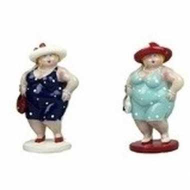 2x decoratie staande dikke dames beeldjes 20 cm in donkerblauwe lichtblauwe jurk