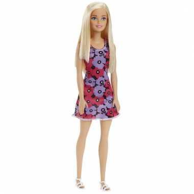 Barbie pop met paars/roze bloemenjurk