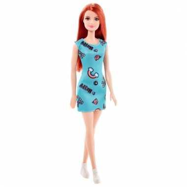 Speelgoed barbie trendy pop met mint groen jurkje en rood haar